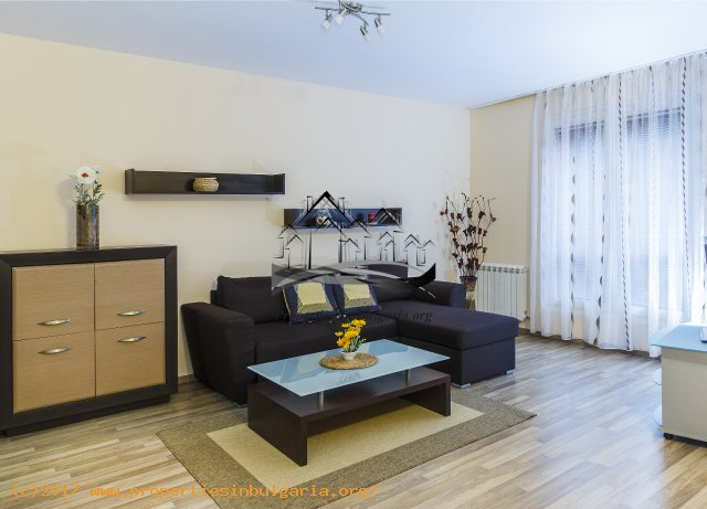 10025568 Luxury 2 Bedroom apartment for rent in Sofia  Bulgaria  Near NDK and hotel Marinela 670